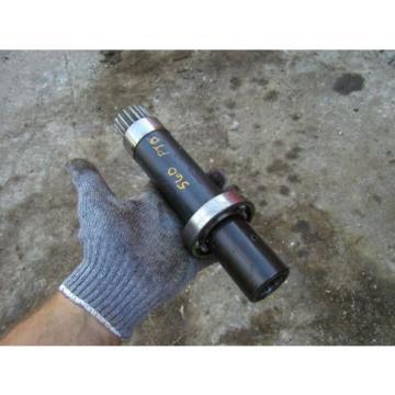 Farmall 560 Rowcrop Tractor IH PTO Power Take Off input shaft & gear & bearing